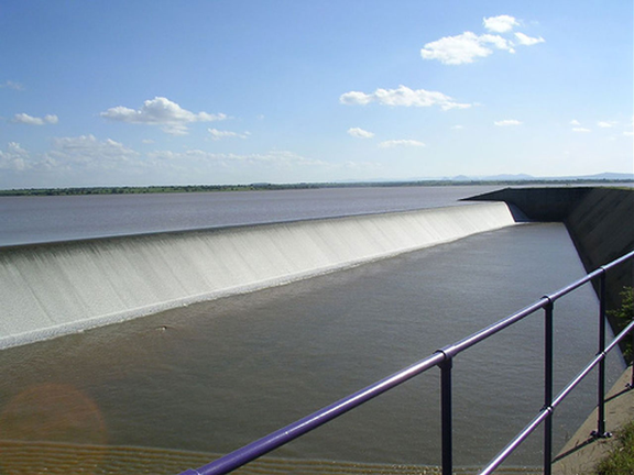 high grand falls dam kenya