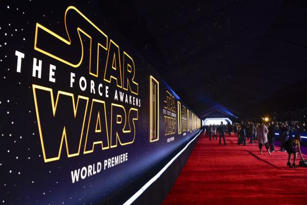 Best-moments-from-the-Star-Wars-The-Force-Awakens-premiere
